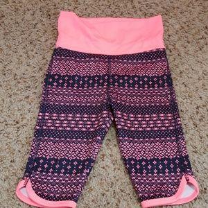 Oshkosh Size 3t spandex Capri pants NEW
